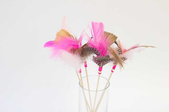 DIY Feather Drink Stirrers1