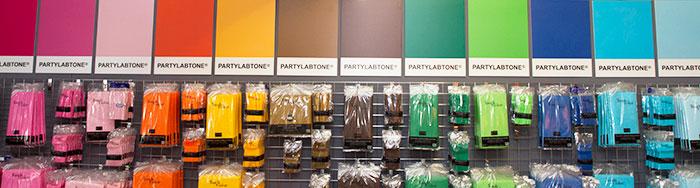 Pantone-wall2