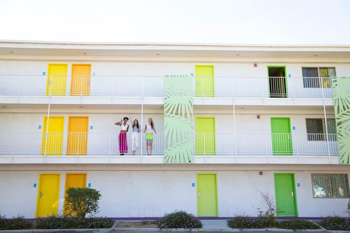 Coachella-Fashion-Balcony-720