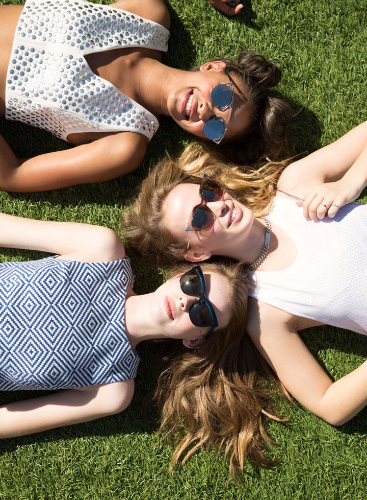 Coachella-Fashion-grass-720