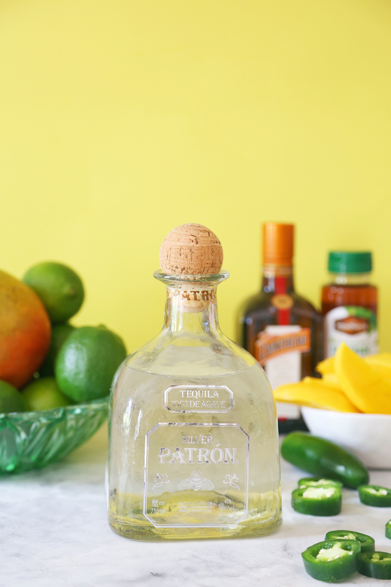 Jalapeno-Mango-Margarita-Popsicles-2-800